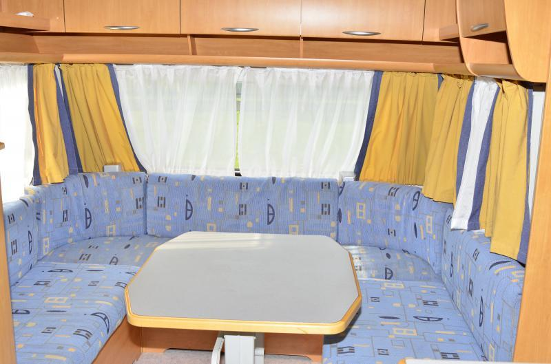 Eifelland Holiday 520 autóbérlés-debrecen-lakókocsi-é.jpg.jpg