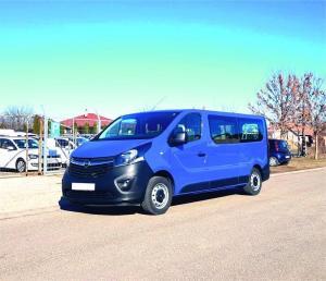 Opel Vivaro opel-vivaro-9-fős-kisbusz-autoberles-debrecen--repuloter1..v.jpg.jpg