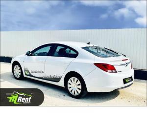 Opel Insignia autoberles-debrecen-mlrent-opel-insignia-3.jpg
