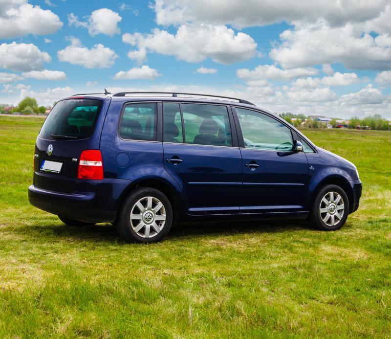 Volkswagen Touran autóbérlés-debrecen-volkswagen-touran3.jpg.jpg